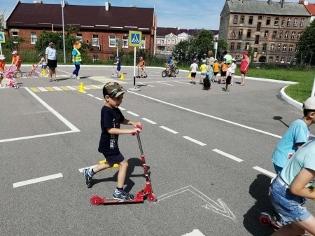 Участие в мероприятии по правилам дорожного движения для воспитанников детских садов города Гусева